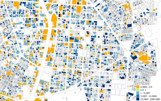Proporción de superficie de viviendas respecto a superficie de oficinas por parcela en el barrio de Salamanca y su entorno