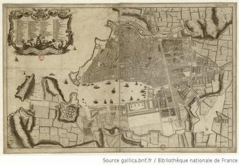 Marsella en 1743, aún concentrada al norte del puerto viejo